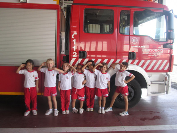 SCHOOL TRIP TO THE FIRE STATION